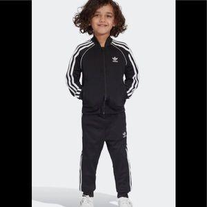 adidas Black tracksuit Sz 3T $60